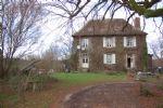 Maison de maître avec gîte, grange, piscine sur 4 hectare.
