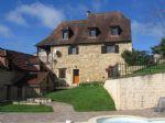 Charmante propriété comprenant maison principale, 2 gîtes, appartement, piscine, proche Sarlat