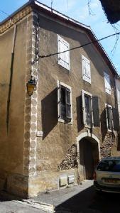 Appartement de 88 m² habitables dans charmante maison et dans joli hameau reconnu pour son vin!