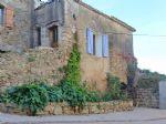 Charmante maison de village avec cour, terrasse et vues.