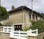 Maison indépendante récemment renovée à deux pas des écoles et commerces