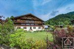 Splendide ferme rénovée de 8 chambres, alliant authenticité et grand standing