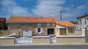 Maison de village 5/6 pièces 160 m² superbement rénovée.