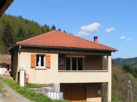 Vente hameau paisable d'une maison et 3 gites a la commune d'ACCONS, Ardeche
