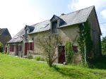 Charmante maison en pierre traditionnelle avec 1414m² de terrain