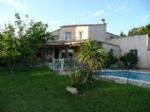 *Belle grande villa, 6 chambres, sans vis à vis, très bon état.