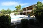 Villa (190m²) avec jardin, piscine, ROUJAN et secteur PEZENAS.