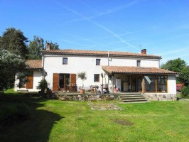 Farmhouse with 20 Hecctares – Ideal for Livestock