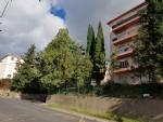 Appartement de 90 m² habitables avec 3 chambres, balcon, vues et à 10 min à pied du centre.