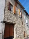 Charmante maison de village de caractère de 88 m² habitables avec grenier, garage et terrasse.
