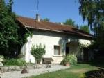 Jolie maison de campagne sur 4159m². Sud Charente.