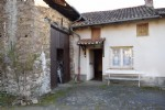 PRIX EN BAISSE Petite maison de village avec grange