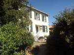 Belle maison avec 3 chambres, grange et jardin privé à Chassenon