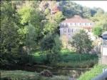 Aveyron-Maison de maître avec 4 chambres d'hôtes avec accès Rivière