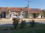 Sud-Vienne, region Montmorillon: belle propriete comprenant maison principale, gite