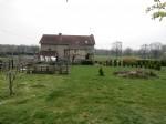 Maison de village indépendante avec grand jardin