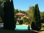 Piscine à débordement, grande maison 250m², 2 logements, étang, 2,5 hectares, caractère, bon état