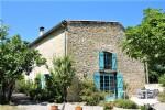 Belle maison de village avec gîte, piscine, jardin et belle vue.