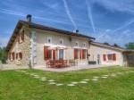 Maison de campagne. 2 gites. Piscine. Vues. Sud Charente Maritime