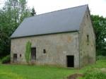Deux granges a renover avec 1ha+ proche de St Sever Calvados