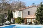 Une perle rare. Maison de 4 chambres. Finitions haut de gamme, vues des Pyrenées et piscine