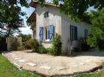Jolie maison de village rénovée avec jardin