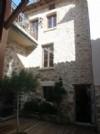 Maison en pierre rénovée avec du charme