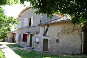 Les Albres maison en pierres plus seconde maison a rénover