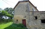 Villereal - propriété en pierre : maison et grange sur 07 HA  23A