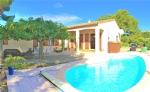 Superb Villa De 3 Chambres, Piscine, Jardin Et Garage!