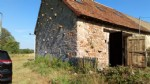 Grange partialement rénovée 4km de Lussac-les-Eglises.