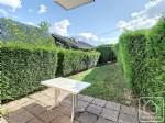 Un rez-de-jardin et une vue splendide pour ce 2 pièces proche des pistes