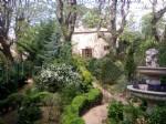 Charmante maison de 400 m² habitables et gîte sur 6316 m² au bord d'un ruisseau.