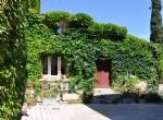 Charmante maison de village avec 2 chambres, garage et cour ensoleillée !