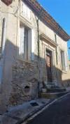 Maison vigneronne avec 4 chambres, garage, grenier, terrasses, cour et beaucoup de potentiel !