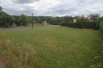 Bien situé, au centre bourg de Queaux