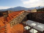 Ancienne grange en pierres rénovée esprit loft contemporain avec terrasse et cour