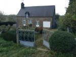 Maison à rénover avec terrain au calme à la campagne