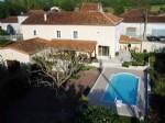 Maison de village 271 m², 6 chambres, piscine, terrain 3464 m² - Charente