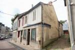 Cet ancien commerce avec habitation est a vendre a Chateau Chinon, capitale du Morvan en Bourgogne