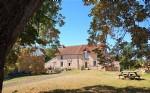 Belle maison rénovée avec 2 granges à la campagne