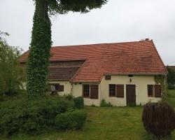 Charmante maison + grange dans petit hameau calme