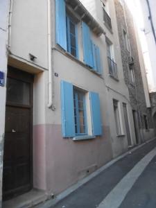 *Charmante maison de ville, 2 chambres, située dans une rue calme au centre du village