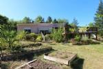 Villa neuve éco-efficace avec grand jardin et piscine!