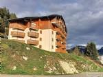 Un appartement une chambre cabine, un balcon exposé sud ouest et un casier à ski.
