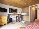 Joli studio rénové, vendu meublé et situé dans une station de ski tranquille.