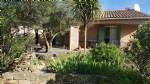 Jolie villa de 95 m² habitables sur 1118 m² de terrain privé avec piscine.