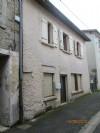 Un petit prix pour cette maison de bourg rénovée habitable de suite, 7 km de COURPIERE