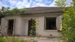 Maison a vendre Dordogne 3 chambres et une apartement separée. A rénover.