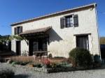 Maison de campagne en pierre - 4 chambres - gîte et piscine  Charente